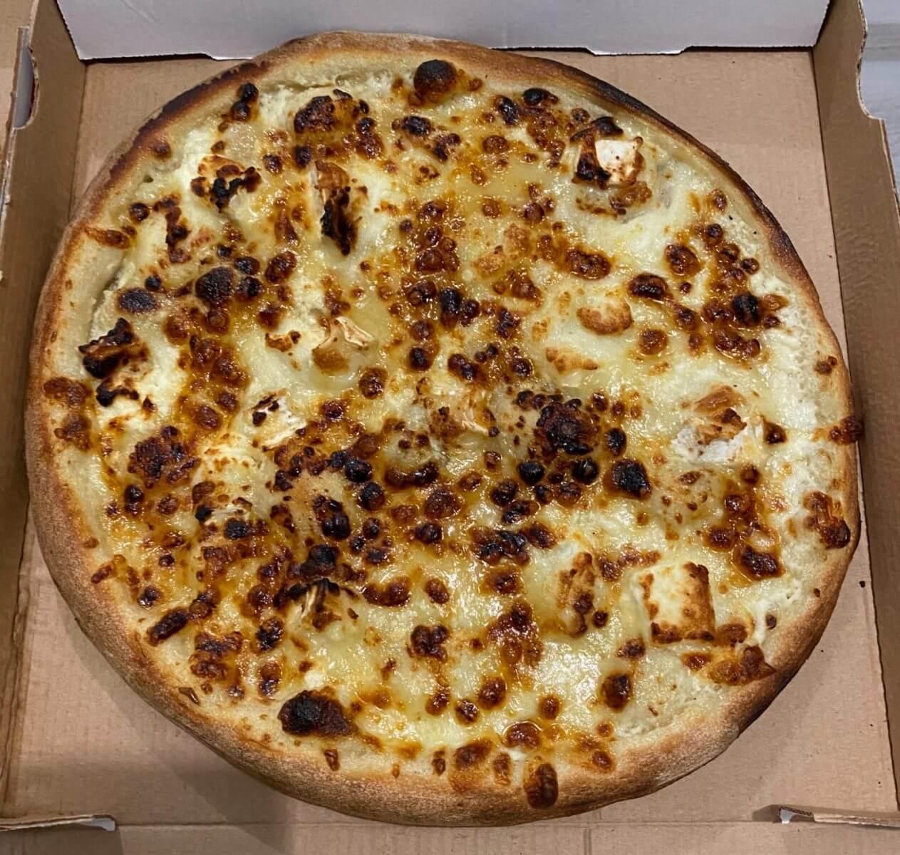 Pizza chèvre miel - Mama Mia - France - Yutz