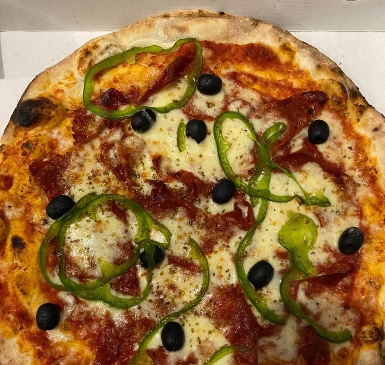 Pizza chorizo - Bella Vita - France - Yutz